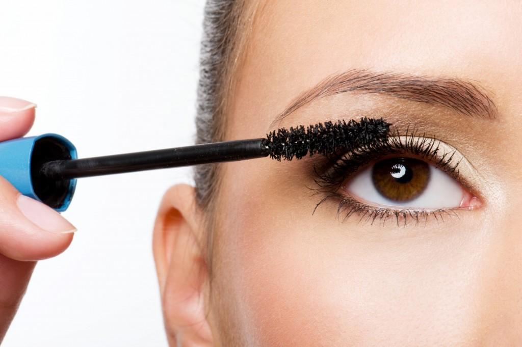 Tips for Applying Mascara